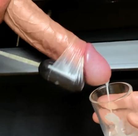 Pornhub - Fap2it - MAN MOANING LOUD ON MILKING TABLE WHILE EDGING UNTIL INTENSE HANDSFREE ORGASM - 4K